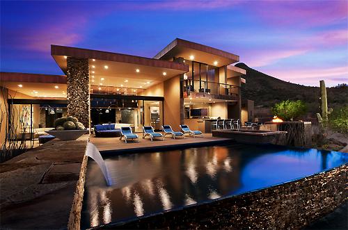luxury property rentals