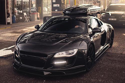 Custom audi r8 black on black with matching roof box custom audi r8 black on black with matching roof box publicscrutiny Images