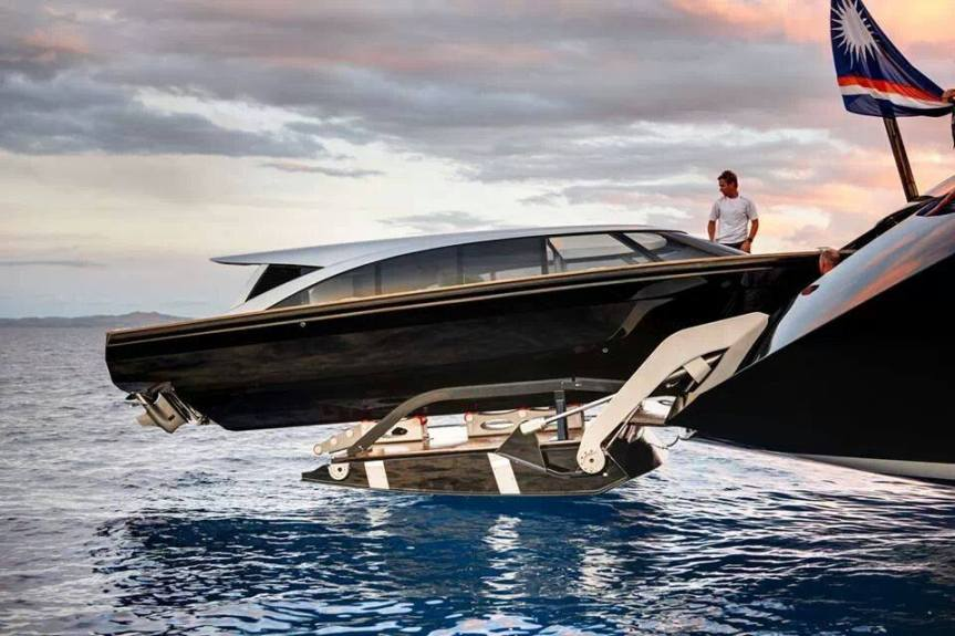 luxury Boat portable