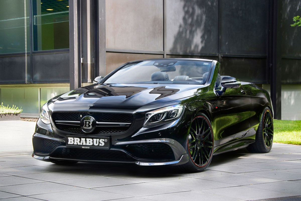 The Mercedes Brabus 900 - Worlds Fastest Convertible.