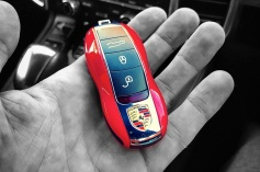 porsche-car-key-red splash 2